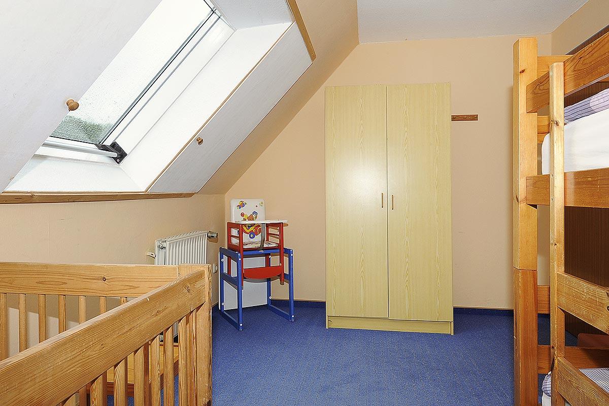 Kinderzimmer mit Etagenbett in der Ferienwohnung Seestern in Carolinensiel